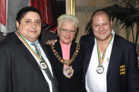 Jason Hackett, Councillor Mavis Smitheman and Justin Hackett (2009)