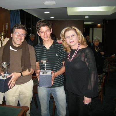 Daniel y Juan Felipe Cuervo (con la Presidenta)
