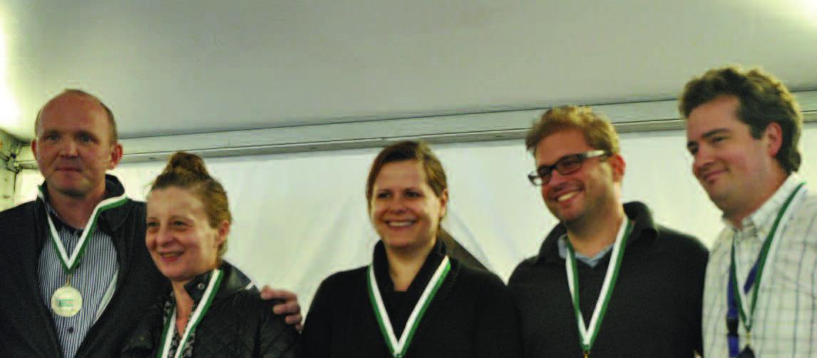 Austria: Martin Schifko, Terry Weigkricht, Iris Grümm, Arno Lindermann, NPC Frédéric Girardot.