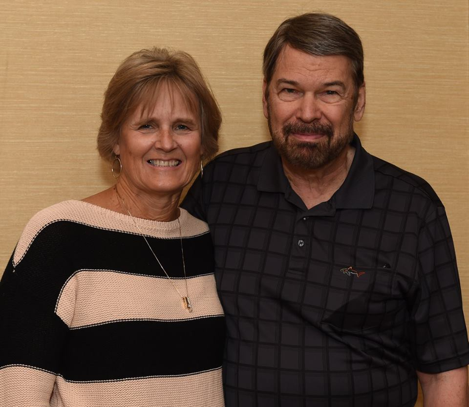 Susan Stubinski y Bruce Wick.