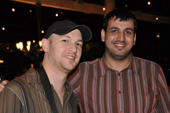 Justin Lall y Kevin Bathurst